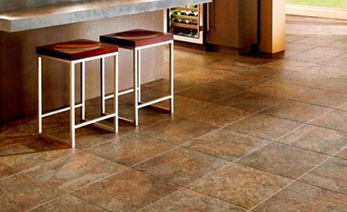 Виниловое покрытие под камень в интерьере кухни. Как выбрать виниловую плитку, ее виды, укладка, характеристики, толщина.
